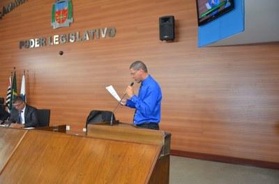 Ricardo Queixão e Ivan Hildebrando apresentam requerimentos durante sessão ordinária