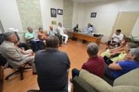Câmara recebe comissão de servidores municipais aposentados