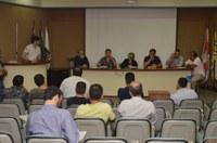 Comerciantes, ambulantes e Prefeitura discutem mudanças no Código de Posturas do Município