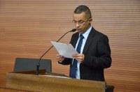 Marcinho solicita ampliação do programa Viva Leite na cidade