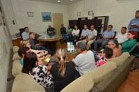 Parlamentares discutirão perdas salariais das pajens com prefeito