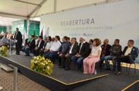 Parlamentares participam da cerimônia de reabertura do Hospital Municipal