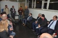 Parlamentares se reúnem com funcionários demitidos da extinta Cursan