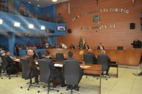 Vereadores aprovam projetos de reestruturação administrativa no Legislativo
