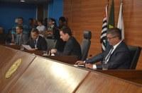 Vereadores rejeitam veto parcial do prefeito Ademário Oliveira